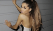 """Big Bang Theory"" Saison & Cast Nouvelles 2014: Mayim Bialik critique le Ariana Grande Billboard Publicités"