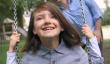 Fille grandit seconde par jour, Drives Accueil déchirante réalité [Vidéo]