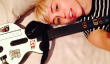 Grammy Awards 2014 News: Miley Cyrus Fossés les Grammys pour Guitar Hero