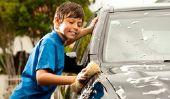 Laque polir la voiture - que vous devriez considérer lors de polissage à la main