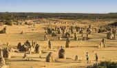 Pinnacles Desert dans le parc national Nambung, Australie