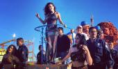 Ninel Conde Hit Avec œufs pendant Guaymas Carnaval 2015 [Voir]