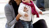 Alerte Uggs!  Celebrity mamans sont encore 'Em portez!  (PHOTOS)