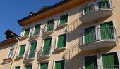 Assurez balcon joint lui-même