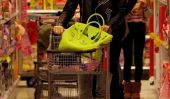 Jessica Alba fait un peu de shopping de Noël Toy à la cible!  (Photos)