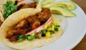Tacos de porc riches avec salsa à l'ananas