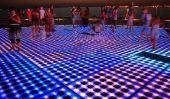 """""""Salutations au Soleil"""" - une installation lumineuse à énergie solaire en Croatie"""