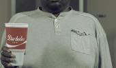 «Cambia La Melodia Santé Advocacy Group Recrée classique Coca-Cola annonce pour encourager des boissons saines