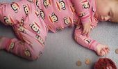 The New Economics of Parenthood: Nous épargnent moins et dépenser plus- beaucoup plus.