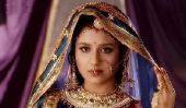 Top 10 le mieux payé indiennes TV Actrices en 2014