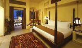 Les plus populaires 10 hôtels cinq étoiles dans le monde