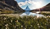 Le tourisme de masse dans les Alpes - informative
