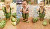 Comment habiller votre bébé dans une pastèque est une chose