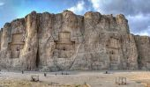 Naqsh-i Rustam: Colossal Tombes des rois perses