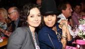 """""""Le Talk"""" Cast & Nouvelles: Co-présentateur Sara Gilbert et producteur de musique Linda Perry Bienvenue Baby Boy"""