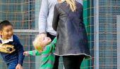 Just Like Us!  Naomi Watts et Liev Schreiber Play Soccer