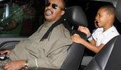 Légende De La Musique Stevie Wonder dîne avec ses fils