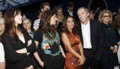 Embarrassant pépin chez Balenciaga spectacle à Paris - Première rangée bloque ensemble - Salma Hayek et Cie doivent être!