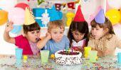 Bricoler invitations d'anniversaire d'enfants - comment il fonctionne avec les peintures au doigt