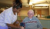 Quart de nuit dans une maison de soins infirmiers - pour rester éveillé afin œuvres
