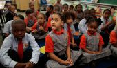 Uniformes scolaires et des politiques Code vestimentaire plus susceptibles de cibler les féminines, les Latinos et les étudiants noirs