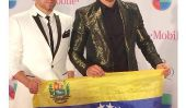 Latins stars prier pour la paix au Venezuela au Nuestro Prix Premio Lo