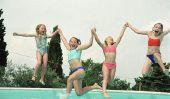 L'anniversaire des enfants dans la piscine - l'expérience