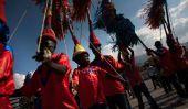 Haïti Carnaval 2015: Des milliers pour assister aux funérailles de 17 qui est mort après Stampede