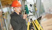 Qu'est-ce que vous gagnez en tant que mécanicien industriel?  - Connaître les possibilités de mérite et de formation