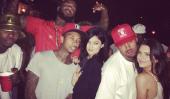 Kylie Jenner est un 17 Année Étoile Old Rock et se trouve être un Birthday Girl Too!  [Photos] [Vidéo]