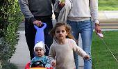 Alessandra Ambrosio et Jamie Mazur Flânez Avec Leurs Cuties Anja et Noah (Photos)