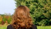Utilisez le curling shampooing pour les cheveux raides - vous devez être conscient des