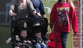 Anna Paquin et Stephen Moyer Ayez un jour de famille avec leurs enfants (Photos)