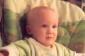 Grumpy bébé rit Clapping (vidéo)