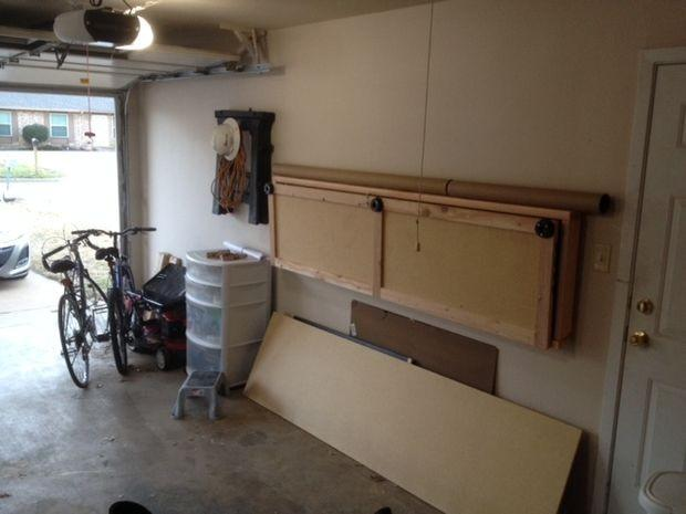 comment construire un workbench pliant mural. Black Bedroom Furniture Sets. Home Design Ideas