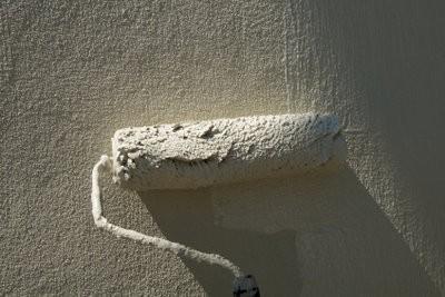 Appliquer rouleau de plâtre pour l'intérieur - voici comment