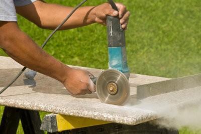 Couper granit