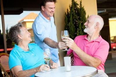 Demande que l'aide temporaire - dans les restaurants pourrait fonctionner si