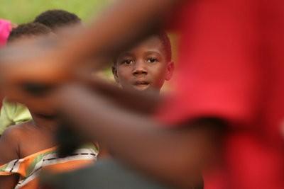 Un enfant parrainé en Afrique pour soutenir - que vous devez prendre en considération