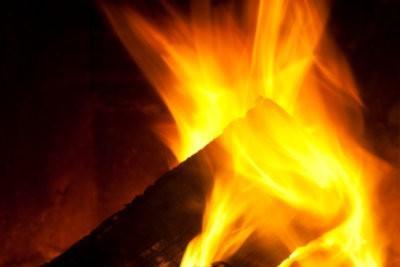 Temps incendie dans le four - avantages et inconvénients par rapport aux poêles à combustion lente