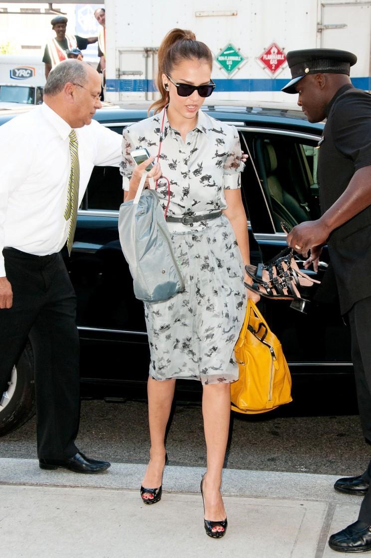 Jessica Alba arrive toujours à l'air incroyable, toujours!  (Photos)