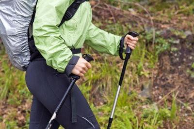 Réglez bâtons de randonnée - Ce que vous devriez considérer