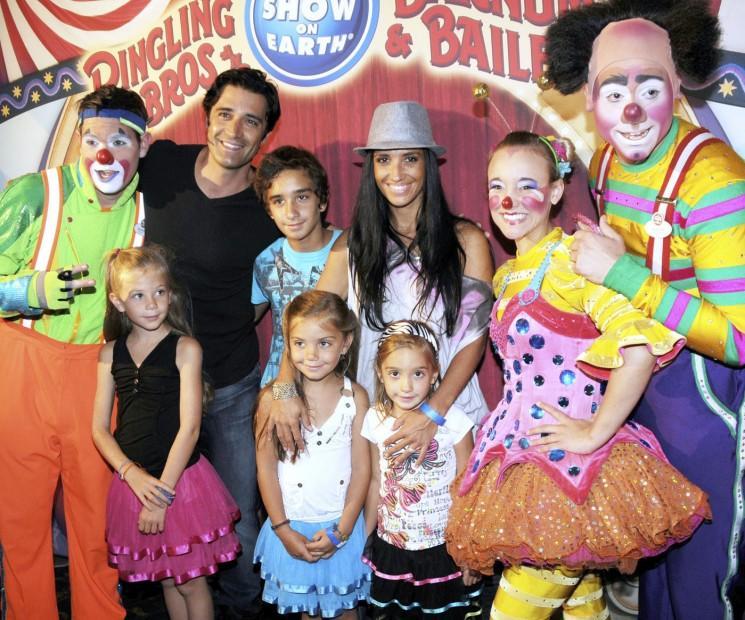 Il est temps pour ces Cirque 10 Celebrity familles!  (Photos)