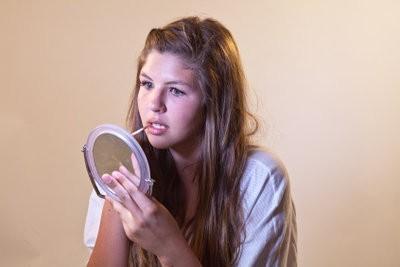 des conseils de maquillage pour les adolescents