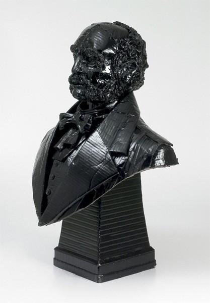 Étonnantes sculptures en carton par Chris Gilmour