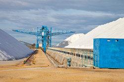 Comment avez-dépôts de sel dans la terre?