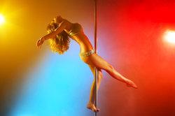 Leçons Pole Dance - devraient connaître la danse et les conditions