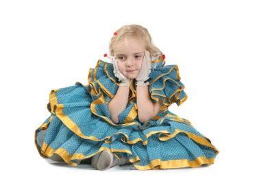 Faire carnaval pour les enfants - il est un festival joyeux