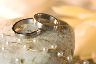 Assurez invitation pour le mariage argent lui-même - comment cela fonctionne avec des photos