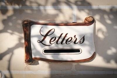 Installez lettres de montage correctement